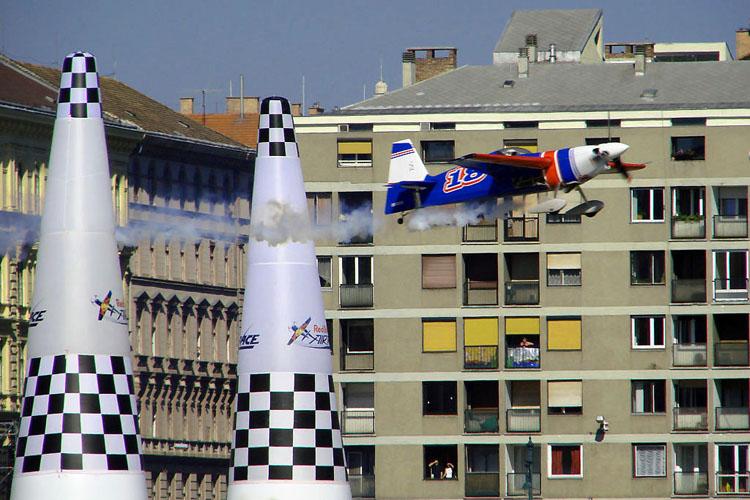 20090212095750_989 redbullairrace budapest-1 2008